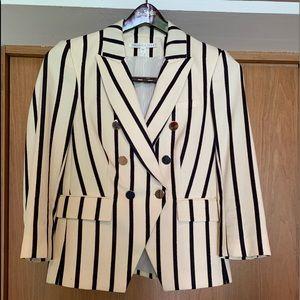 Veronica Beard short  fitted jacket